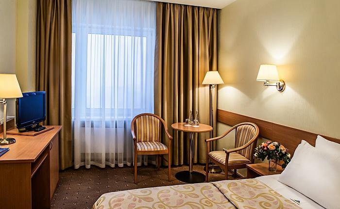 Вместительный бизнес класс в гостинице Бета